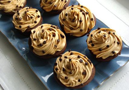 peanubutterchocolatecupcake1