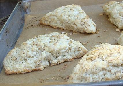 Toasted Oatmeal scones